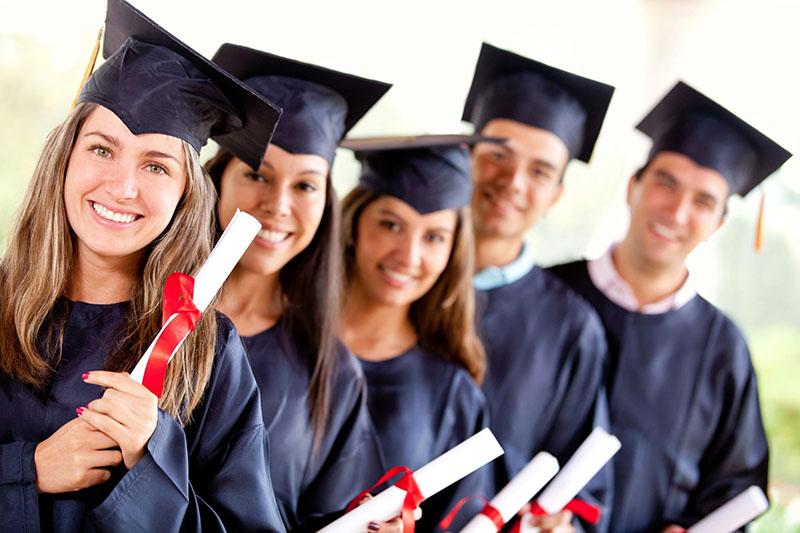 تحصیل در دوره پست بک در کانادا